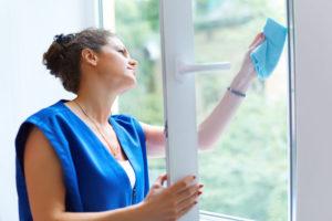 Ako umyť okná po stavbároch
