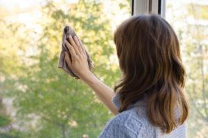 Cena za kvalitné umytie okien v domácnosti?