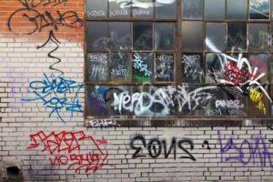 odstranění graffiti a aplikace antigraffitové ochrany