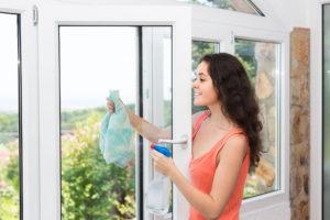 Domácí mytí oken