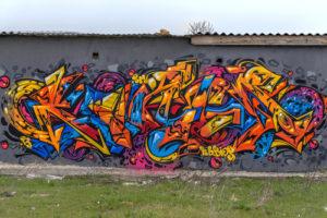 Není dobré nechávat děti bez dozoru. Odstraňování graffiti Brno