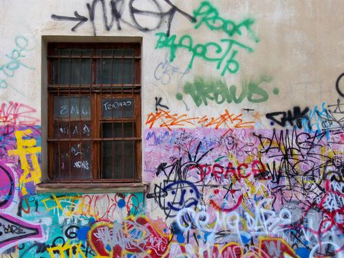 Prostředky na odstranění graffiti