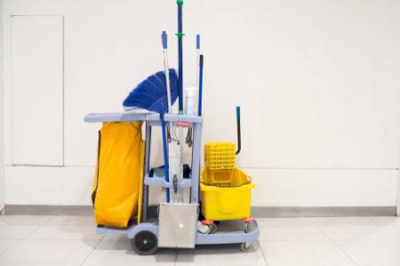 Dezinfekční strojové čištění podlah. Průmyslová impregnace, voskování linolea Frýdek Místek
