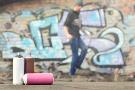 Děti mají být pod drobnohledem! Odstraňování graffiti Brno