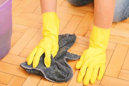 Hloubkové čištění podlah Praha